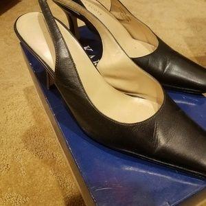 Karen Scott 415 Mason black leather pumps